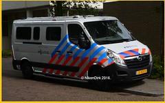Dutch Police Opel Movano. (NikonDirk) Tags: politie police nikondirk netherlands nederland opel movano den haag haaglanden hgl holland dutch cops cop hulpverlening cellenbus cellen bus foto 1trj58 jd420v