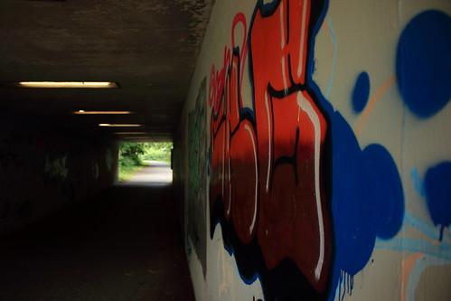 """In der Unterführung (01) • <a style=""""font-size:0.8em;"""" href=""""http://www.flickr.com/photos/69570948@N04/28348297180/"""" target=""""_blank"""">Auf Flickr ansehen</a>"""