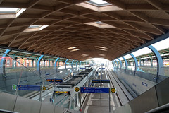 Tram Stop (KPPG) Tags: architektur dach haltestelle bahnhof kassel kulturbahnhof holzkonstruktion