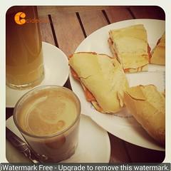 Desayuno con componentes y colores #Cidecan15 . Piensa en naranja.