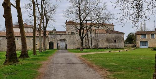 Pont l' abbé d' Arnoult, ancien séminaire de la Chaume