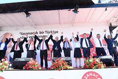 MANISA MITINGI (FOTO 1/3) (CHP FOTOGRAF) Tags: sol turkey photo foto turkiye chp ankara cumhuriyet politika photojournalist kemal tbmm meclis sosyal ziya siyaset koseoglu muhabiri kilicdaroglu sosyaldemokrasi