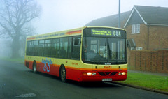 Eastern Counties P550RNG Stowmarket in the fog, February 2001 (The original SimonB) Tags: 2001 film buses suffolk transport scanned february stowmarket easterncounties