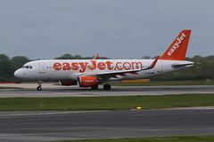 Easyjet A320 (jonny4x4uk) Tags: manchester airport virgin emirates thomson airbus a380 saudi british ba boeing arabian ryanair airways klm 777 lufthansa 747 avp easyjet 737 embraer a321 transat a310 flybe gezwu