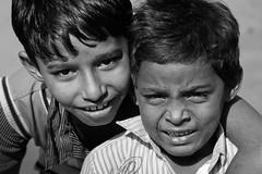 Ahmedabad   Gujarat (chamorojas) Tags: bw india children faces bn niño gujarat ahmedabad ahmadabad amdabad
