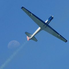 Fly me to the moon... (alex.gan) Tags: volo cielo giorno volare aereoplano velivolo allaperto airshowloano2016