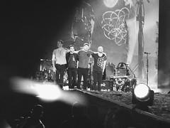 Coldplay (vivianabelenm) Tags: coldplay chrismartin willchampion guyberryman coldplayenchile coldplaysantiago ahfodtour jonnybluckland