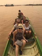 Excursions  la barque Globalong (infoglobalong) Tags: temple cambodge asie enfants cultures aide bouddhisme ducation soutien bnvolat enseignement bnvoles volontaires handicaps volontariat globalong humanitariat