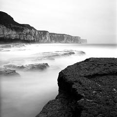Surge (stephen cosh) Tags: blackandwhite seascape mediumformat landscape hasselblad delta100 ilfordddx 80mmplanar stephencosh