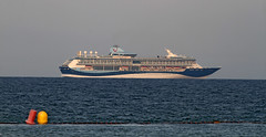 Tui Discovery (vic_206) Tags: barcelona sea mar barco ship bcn transatlantico canon400f56l canoneos7d tuidiscovery