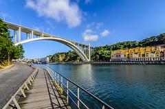 Ponte de Arrbida 721 (_Rjc9666_) Tags: arquitectura bridge nikond5100 ponte pontedeaarrabida portugal rio river sky street tokina1224dx2 urbanphotography ruijorge9666 vilanovadegaia porto pt 1475 721