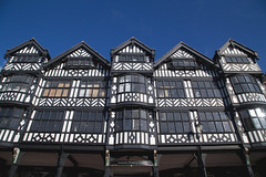 Chester (itmpa) Tags: england canon shoppingcentre row chester 1910s listed 1900s 6d bridgestreet lockwood timberframed gradeii dukeofwestminster jettied 190911 canon6d stmichaelsrow tomparnell grosvenorshoppingcentre itmpa archhist stmichaelsbuildings wtlockwood