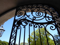 Top of gate (c_nilsen) Tags: california house architecture digital gate wroughtiron mansion digitalphoto hillsborough sanmateocounty carolands