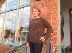 Jamestown designed aran fisherman wool sweater (Mytwist) Tags: linda monas monasgarn jamestown jepard wool woman wolle woolfetish woolfreaks style sexy sweatergirl passion fashion fetish fisherman female cabled craft classic cozy fuzzy wife married knitwear aran aranstyle irish fishbone milf sweet brown laine girlfriend husband love knitting warm ylle jeans