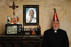 A Celebration of Saints (Studio d'Xavier) Tags: werehere mygoodfriendthetelevision neworleanssaints saints motherteresa saintteresaofcalcutta priest 365 september42016 248366