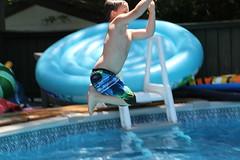 1E7A5439 (anjanettew) Tags: swimming diving kids pool summer fun twins sillykids splashing babypool