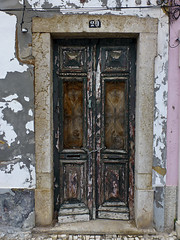 Puerta de Faro (John LaMotte) Tags: portugal puerta porta door deterioro decayed fachada infinitexposure ilustrarportugal