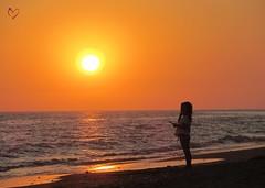 "Sunset I  ""Los sueos son la ventana a los deseos ms profundos del alma."" (mar.martin) Tags: ocean sunset naturaleza sun sol beach nature atardecer child huelva playa nia ocano"