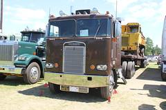 IMG_2856 (RyanP77) Tags: show california b white truck log model shiny trucker international chevy chrome r pete logger gmc peerless kw peterbilt ih kenworth cabover bullnose fruehauf
