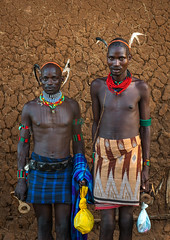 Maze whippers after a bull jumping ceremony, Omo valley, Turmi, Ethiopia (Eric Lafforgue) Tags: africa shirtless portrait people haircut color men vertical outdoors photography necklace day african feather culture tribal maze blackpeople strong omovalley strength tradition ethiopia tribe ethnic adults hairstyle 2people twopeople whipper hamer confidence whipping headwear hornofafrica ethnology omo eastafrica abyssinia tribesman realpeople blackskin lookingatcamera onlymen turmi africanethnicity indigenousculture ethnicgroup bulljumping blackethnicity ethiopianethnicity ethio161594