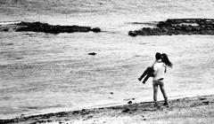 21 grammi di felicità (encantadissima) Tags: mare riva palermo ragazzi bienne porticello 21grammidifelicità