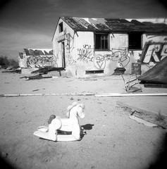 child's play (a perhaps hand) Tags: abandoned desert toycamera southerncalifornia abandonedbuildings desertcenter holga120n blackandwhitefilm