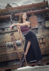 Working the Mine (Keltron - Thanks for 7 Million Views!) Tags: sexy model elizabeth modeling brunette curlyhair prettygirl longlegs beautifulgirl sexygirl independencemine elizabethgray hatherspass