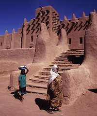 Djenn, Mali (pdellouve) Tags: africa photo mosque unesco adobe belle mali worldheritage djenne mopti afrique sahel mosque jenne pis rs