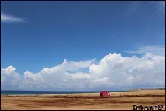 nuvole e mare (imma.brunetti) Tags: panorama nuvole mare cielo rocce bagno spiaggia sicilia orizzonte sanvitolocapo vegetazione abbandonato sebach