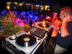 DJ Mauricio Valladares (jocavidal) Tags: music rio de dj janeiro circo stage céu sound mauricio voador motoka valladares