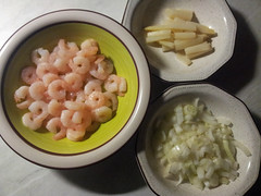 2015-05-26 20-05-05 Fried white asparagus, prawns and onions recipe (MadPole) Tags: food white blanco vegetables branco recipe prawns asparagus seafood blanc crevettes gambas putih recette camares receita receta recept  resep asperges espargos  bl udang     esprragos  biay      trng resipi  krewetki   tm przepis  krevety  chest szparagi       mngty  asparaguswhite  cngthc        asparagus