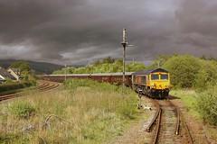 Royal Scotsman at Fort William Junction (Chris Baines) Tags: fort william junction pullman mallaig belmond gbrf 66737