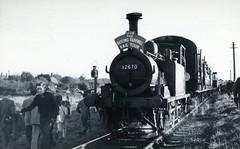 img190 (OldRailPics) Tags: hayling railway southern terrier farewell british railtour railways the lcgb 32670