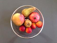 (Mah Nava) Tags: fruit mango obst nektarinen birnen granatäpfel