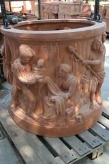 Impruneta on fire (giagir) Tags: terracotta cotto pozzo bassorilievo impruneta buongiornoceramica imprunetaonfire fornacepesci