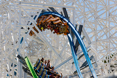 Twisted Colossus (CoasterMatt) Tags: parkjourney sixflags magicmountain rollercoaster event mountainmadness2 twisted colossus dueling trains inversion hybrid