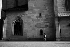 Smoke (maekke) Tags: shadow bw man church architecture switzerland noir noiretblanc smoke streetphotography fujifilm zrich ch 2016 mnsterplatz fraumnster x100t
