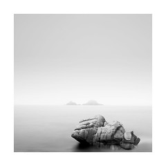 Bubblegum rock (Nick green2012) Tags: blackandwhite seascape rock minimal porth bubblegum nanven