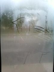 a lonely Bird (Bela NK) Tags: bird animal oiseau sad lonely winter pluie rain art expression photo dessin paint urbain noir et blanc bianco e nero black wihte nature humanity humanisme
