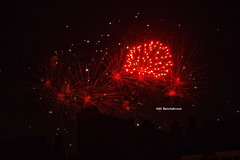 #fireworks #brussels #pentax #night #colors #travelphotography #red #fire #belgium (adil_benchekroun) Tags: brussels colors night pentax fireworks