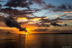 Rio Amazonas (www.celsolobo.com) Tags: celsolobo barco photographyamazon santarem santaremxbelem wwwcelsolobocom alterdocho gara amaznia amazon rioamazonas riveramazon sunset alvorecer