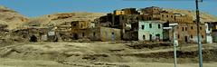 Una aldea en Egipto (chemakayser) Tags: egypt luxor egipto aldea pueblo poblado desierto