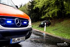 VU B275 Reichenbach-Riedelbach 27.04.15 (Wiesbaden112.de) Tags: feuerwehr polizei unfall reichenbach notarzt rettungshubschrauber b275 riedelbach schwerverletzt frontalzusammenstos