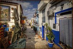 (095/15) Barrio de Sta. Cruz (Alicante) (Pablo Arias) Tags: photoshop colours colores nikond50 alicante urbana hdr photomatix sigma1020 pabloarias barriodestacruz