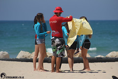 IMG_8728 (Streamer -  ) Tags: ocean sea people green beach nature students ecology up israel movement garbage sunday north group young cleanup clean teen shore bags  nonprofit streamer  initiative enviornment    ashkelon          ashqelon   volonteers      hofit