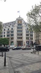 (MaraviLud) Tags: trip paris france lv louisvuitton champselisee