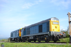Class 20 - 20142 & 20205 (Will Swain) Tags: uk travel england west english train during diesel britain south transport may rail railway trains class southern vehicles dorset vehicle 20 railways gala isle swanage 8th campsite purbeck 2016 20205 20142 woodyhyde
