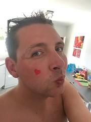 Kiss Kiss (DJ Damien) Tags: july2g16 phone spain chris myspace