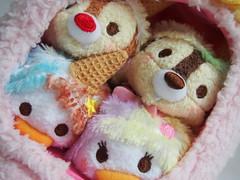 Ice Cream Tsum Tsum Set (sh0pi) Tags: ice cream tsum set disney disneystore disneystorecojp japan donald daisy duck chip chap dale eiscreme eis tsums stackable plush plsch plschtier beanbag beanie beanies stapelbar may mai 2016
