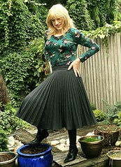 Autumn Colours (Amber :-)) Tags: charcoal sunray midi skirt tgirl transvestite crossdressing